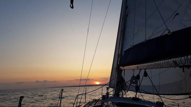 Navega por la tarde